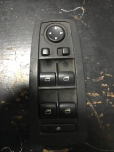 فروش کلید شیشه بالابر بی ام دبلیو